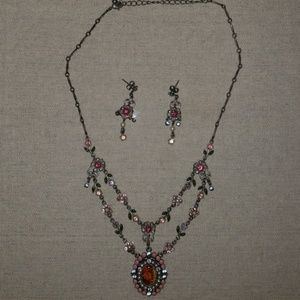 Avon Floral Victorian Necklace & Earrings